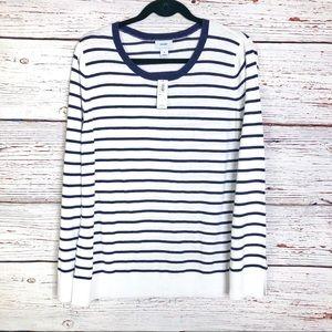 Lightweight crew neck striped sweater